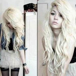 9 Best Emo Hairstyles for Long Hair | Styles At Life