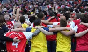 Arsenal fans mock Manchester City with Poznan celebration ...