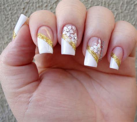 ideias de arte nas unhas para noivas enoivado