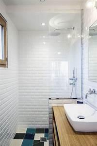 Salle De Bain Etroite : salle de bain en longueur conseils am nagement et d co c t maison ~ Melissatoandfro.com Idées de Décoration