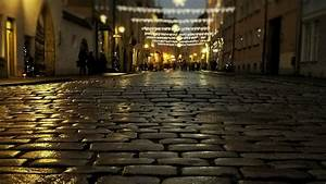 Night Street Of The Old Town Of Tallinn HD Wallpaper