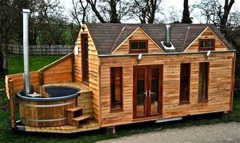 tiny log cabin homes small log cabin mobile homes small log cabin interiors