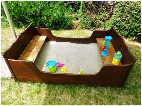 Sandkasten Für Terrasse by Selbermachen Diy Sandkasten Aus Altem Bett Spielideen