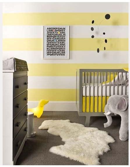 chambre fille jaune inspiration décoration chambre fille jaune