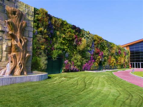 giardino verticale the largest vertical garden in the world 171 twistedsifter