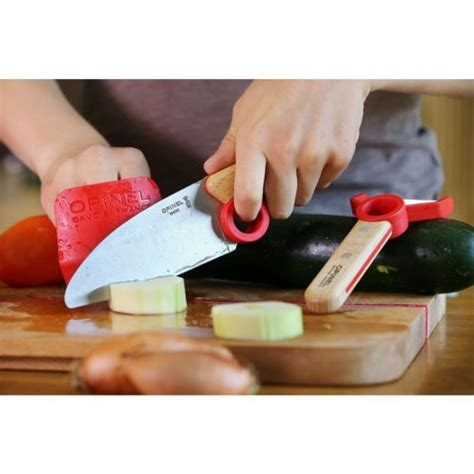 le petit chef cuisine opinel le petit chef allows to prep food safely