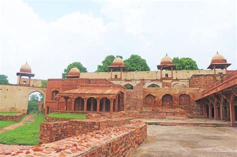 massive fatehpur sikri fort  complex uttar pradesh