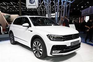 Volkswagen Tiguan Carat : volkswagen tiguan bain de foule pour la version r line 2 0 bi tdi 240 l 39 argus ~ Gottalentnigeria.com Avis de Voitures