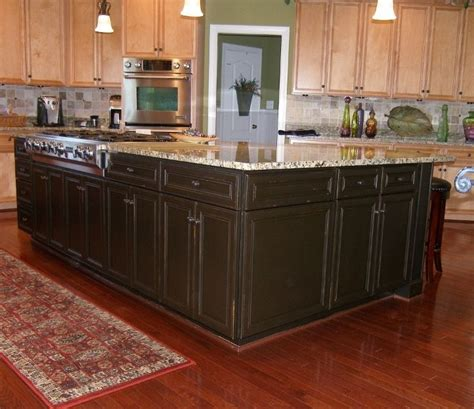 how to refinish maple cabinets 15 best images about kitchen cabinet refinishing refacing