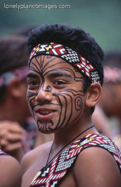 zealand maori boy  face paint maori cultural