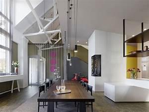 Suspension Salle à Manger : salle a manger loft suspension geante picslovin ~ Teatrodelosmanantiales.com Idées de Décoration