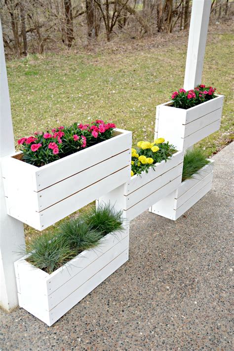 How To Make Your Own Vertical Garden by How To Build A Vertical Planter The Home Depot Diy