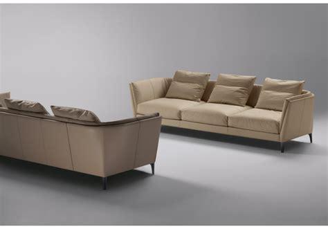 Bretagne 2 Seater Sofa Poltrona Frau