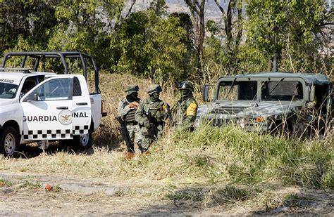 Meksikā masu kapā atrastas vairāk nekā 100 cilvēku mirstīgās atliekas - Jauns.lv