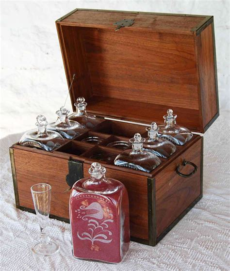 18th century liquor chest living history shop