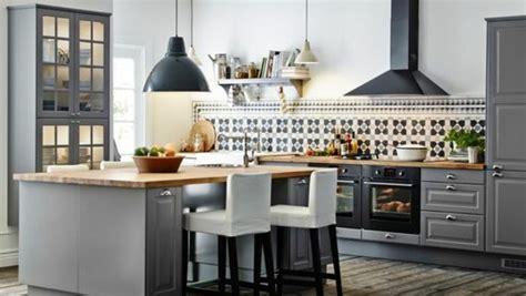 deco cuisine gris et noir idee deco salon gris et marron 14 modele cuisine