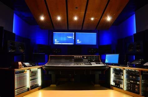 If you talk to any audio engineer — film, video, or music — they will tell you that getting a quality set of headphones is an absolute must. Audio Studios - Duderstadt Center