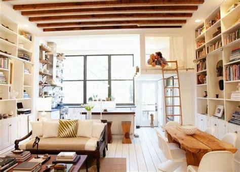 canapé sous fenetre meubler un studio 20m2 voyez les meilleures idées en 50