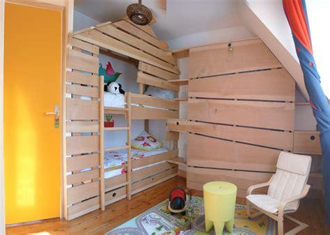 cabane dans chambre cabane enfant chambre deco chambre enfant cabane bois