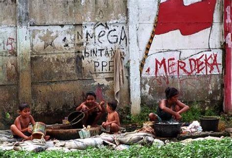 blognya azwar masalah sosial kemiskinan  indonesia