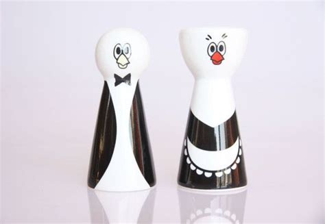 penguin kitchen accessories butler and servant salt and pepper shakers penguin 1454