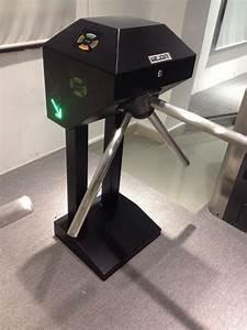 Automatic Mechanical Tripod Turnstile Gate Vertical
