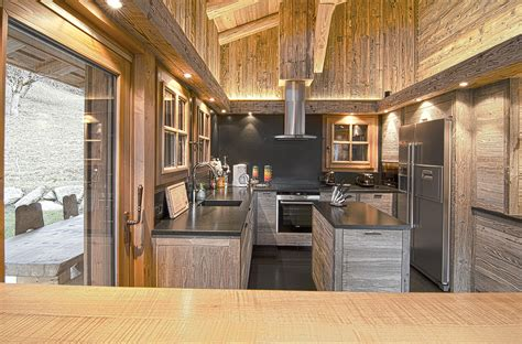 cuisine chalet bois cuisine en bois chalet maison moderne