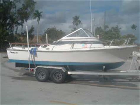 20 Ft Cuddy Cabin Boat by 20 Ft Shamrock Cuddy Cabin Reduced The Hull