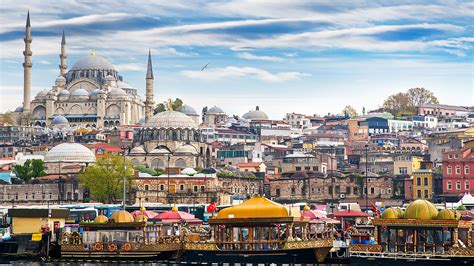 Istanbul Architecture Townhalls - Full HD Wallpapers