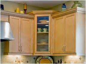 Corner Kitchen Cabinet Decorating Ideas by Corner Shelf Unit For Kitchen Counter 1000 Images About