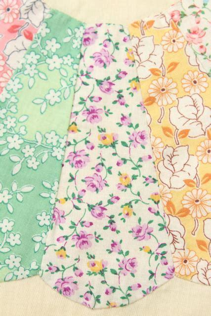 vintage quilt top print dresden plate flower circles  unbleached cotton