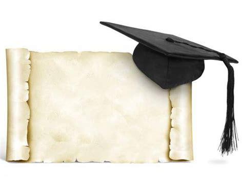 lavoro per laureati in lettere laureati cinque anni per trovare lavoro lettere meglio