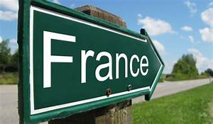 Driving in France? What car safety kit do you need?