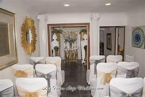 Sweet simple las vegas chapel wedding package las for Simple vegas weddings