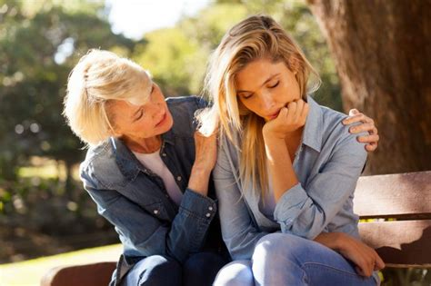 how to comfort a how to comfort a grieving friend