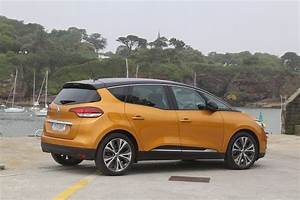 Renault Scenic Review   Carzone New Car Review