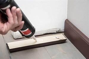 comment poser des plinthes With coller plinthe parquet