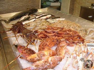 Comprano aragoste per 500 euro in un ristorante: Le