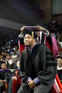 Tsu  Uh Tip Their Caps To Famous Alums