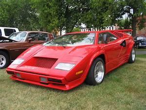 1988 Lamborghini Countach replica Spotted at the