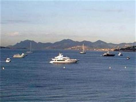pedia riviera is live from juan les pins in