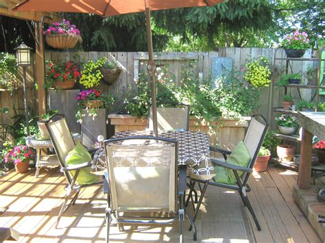 small deck decorating ideas rindy mae the deck