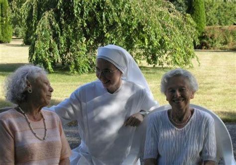 les petites sœurs des pauvres une association caritative