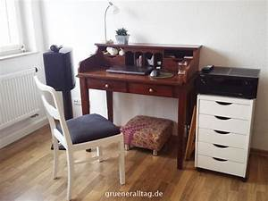 Schreibtisch Im Wohnzimmer : leben auf kleinem fu ~ Markanthonyermac.com Haus und Dekorationen