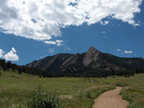 boulder images file bouldercolorado jpg wikimedia commons