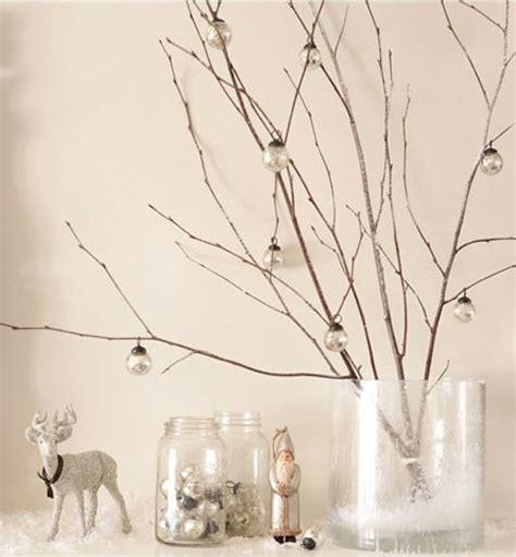 Escabeau Branche Bois Décorative Et Décoration De Noël Avec Branche Bois Et Boules En Verre