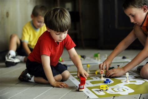 kid play car kids playing with cars www imgkid com the image kid