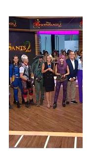 'Descendants 2' cast dish on new Disney Channel movie ...
