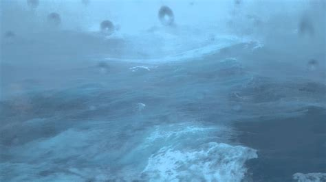 royal carribeans anthem   seas cruise ship  hurricane storms  mph winds   foot