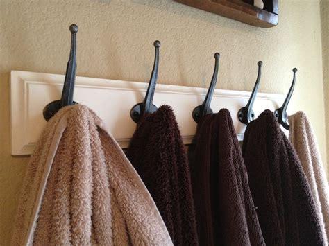 ways   command hooksorganizing  home